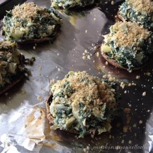 skinny spinach & artichoke dip stuffed portabellas | my skinny sweet tooth
