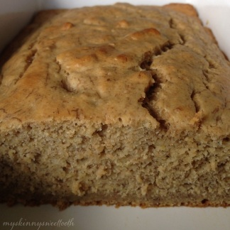 basic (healthy) banana bread | my skinny sweet tooth