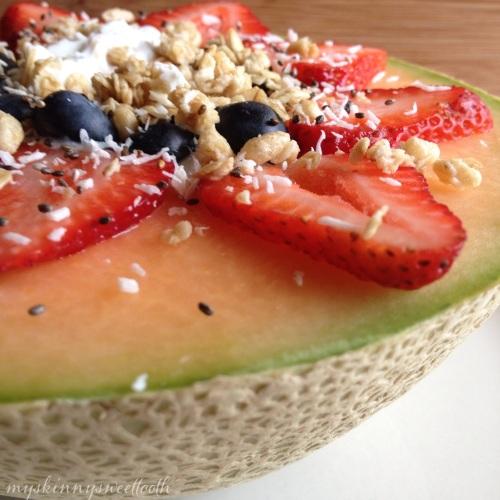 cantaloupe parfait bowl | my skinny sweet tooth