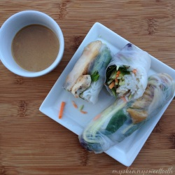 chicken summer rolls with skinny peanut sauce | my skinny sweet tooth
