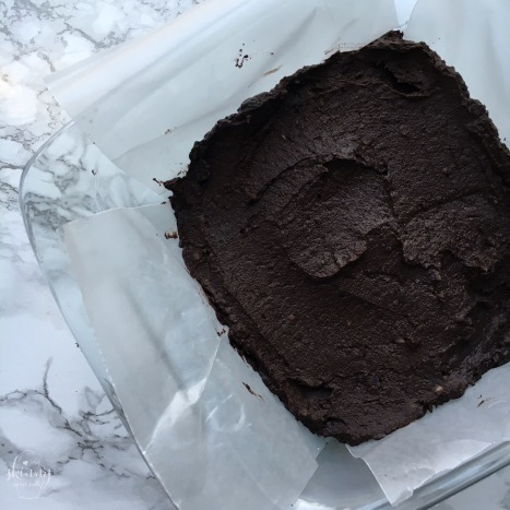 No-Bake (double dark chocolate) Black Bean Brownies | my skinny sweet tooth